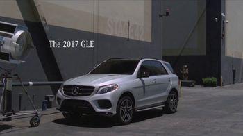 2017 Mercedes-Benz GLE TV Spot, 'Lights, Camera, Action!' [T2] - Thumbnail 8