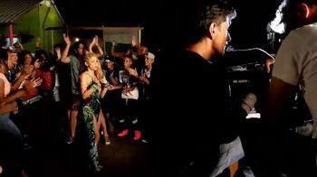 Apple Music TV Spot, 'Shakira: El Dorado' - Thumbnail 6