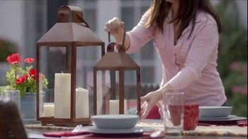 Lowe's Memorial Day Savings Event TV Spot, 'Outdoor Look: Gas Grill' - Thumbnail 6