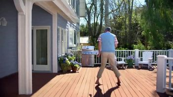 BEHR Paint Memorial Day Savings TV Spot, 'Deck: Paints and Stains' - Thumbnail 5