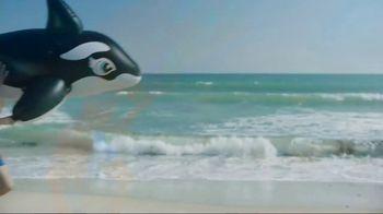 Neutrogena Beach Defense TV Spot, 'Best Day in the Sun' Ft. Jennifer Garner - Thumbnail 2