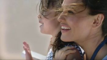 Neutrogena Beach Defense TV Spot, 'Best Day in the Sun' Ft. Jennifer Garner - 7718 commercial airings