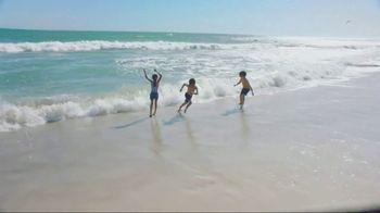 Neutrogena Beach Defense TV Spot, 'Best Day in the Sun' Ft. Jennifer Garner - Thumbnail 7