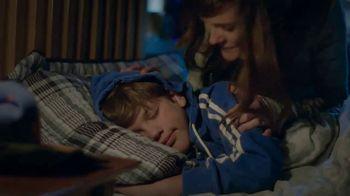 Snuggle TV Spot, 'Brian's Sweatshirt' - Thumbnail 4