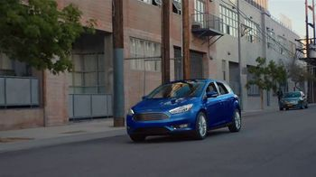 Ford Focus TV Spot, 'Cats and Dogs' Song by Link Wray & His Ray Men - Thumbnail 4
