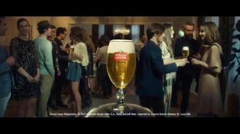Stella Artois TV Spot, 'Party Trick' Song by Liz Brady - Thumbnail 9