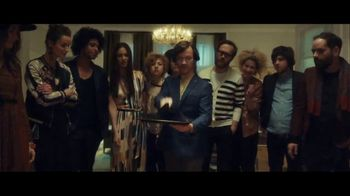 Stella Artois TV Spot, 'Party Trick' Song by Liz Brady - Thumbnail 5