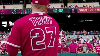 2017 MLB Play Ball Weekend TV Spot, 'Take the Field' Song by Echosmith - Thumbnail 5