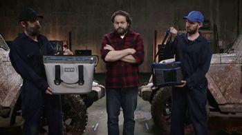 YETI Hopper Two TV Spot, 'Roadkill' - Thumbnail 9
