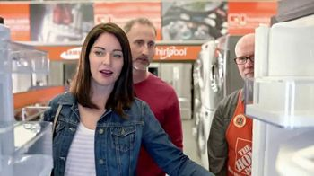 The Home Depot Memorial Day Savings TV Spot, 'Samsung Stainless Suite' - Thumbnail 5