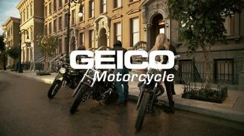 GEICO Motorcycle TV Spot, 'Brownstone' Song by Strange Weather - Thumbnail 10