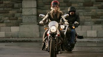 GEICO Motorcycle TV Spot, 'Brownstone' Song by Strange Weather - Thumbnail 2