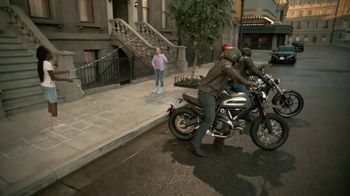 GEICO Motorcycle TV Spot, 'Brownstone' Song by Strange Weather - Thumbnail 5