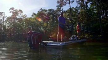Evinrude Run Fearless Sales Event TV Spot, 'Awesome' Featuring Scott Martin - Thumbnail 2