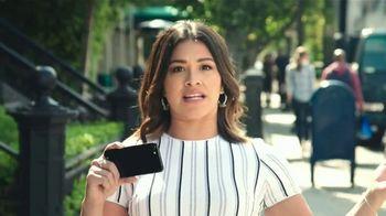 AT&T TV Spot, 'El Capo: iPhone 7 gratis' con Gina Rodriguez [Spanish] - Thumbnail 1