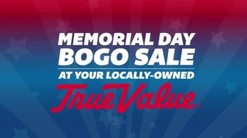 True Value Hardware Memorial Day BOGO Sale TV Spot, 'Paint and Hoses' - Thumbnail 1