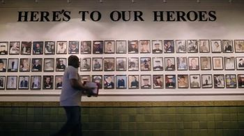 Budweiser TV Spot, 'Folds of Honor: Brewed by Vets for Vets'
