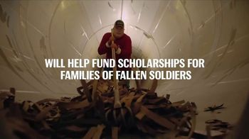 Budweiser TV Spot, 'Folds of Honor: Brewed by Vets for Vets' - Thumbnail 7