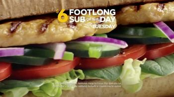 Subway $6 Footlong Sub of the Day TV Spot, 'Big on Taste, Small on Price' - Thumbnail 4