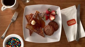 Golden Corral Weekend Breakfast TV Spot, 'Solo tocino' [Spanish] - Thumbnail 4