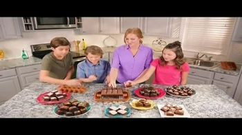 Brooklyn Brownie Copper TV Spot, 'Hornear, cortar y servir' [Spanish] - 1 commercial airings