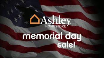 Ashley HomeStore Memorial Day Sale TV Spot, 'Queen Sets' - Thumbnail 7
