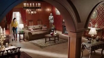 Big Lots TV Spot, 'Lavish Country Estate: Verona Sofa' - Thumbnail 3