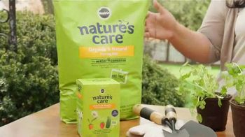 Miracle-Gro Nature's Care TV Spot, 'Garden' Featuring Jennifer Phanomrat - Thumbnail 3
