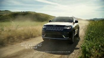 Jeep Memorial Day Sales Event TV Spot, 'Discover' Song by Imagine Dragons [T2] - Thumbnail 3