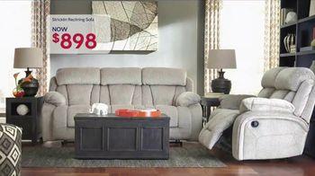 Ashley Furniture Homestore Memorial Day Event TV Spot, 'Doorbusters' - Thumbnail 7
