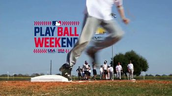 MLB 2017 Play Ball Weekend TV Spot, 'Los estadios esperan' [Spanish] - Thumbnail 8