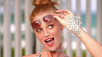 Macy's Memorial Day Sale TV Spot, 'Dive Into Summer: Swimwear' - Thumbnail 9