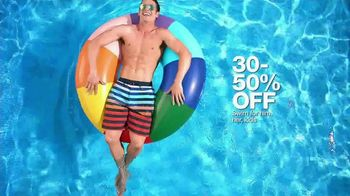 Macy's Memorial Day Sale TV Spot, 'Dive Into Summer: Swimwear' - Thumbnail 4