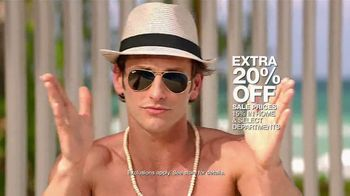 Macy's Memorial Day Sale TV Spot, 'Dive Into Summer: Swimwear' - Thumbnail 8