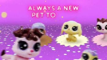 Littlest Pet Shop Frosting Frenzy Collection TV Spot, 'What a Treat' - Thumbnail 2