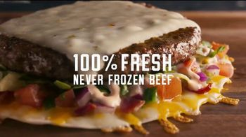 Applebee's Quesadilla Burger TV Spot, 'Wild Thing' Song by The Troggs - Thumbnail 4