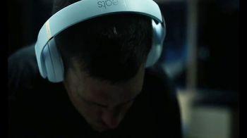 Beats Studio3 Wireless TV Spot, 'Above the Noise' Featuring Tom Brady - Thumbnail 2