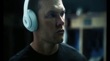 Beats Studio3 Wireless TV Spot, 'Above the Noise' Featuring Tom Brady