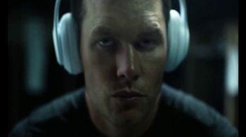 Beats Studio3 Wireless TV Spot, 'Above the Noise' Featuring Tom Brady - Thumbnail 6