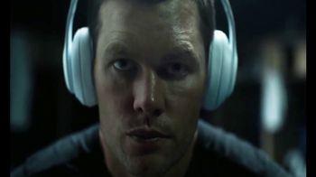 Beats Studio3 Wireless TV Spot, 'Above the Noise' Featuring Tom Brady - Thumbnail 7