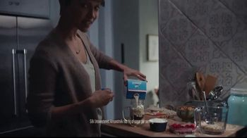Silk Unsweetened Almond Milk TV Spot, 'Overnight Oats' - Thumbnail 5