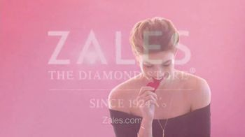 Zales Valentine's Day Specials TV Spot, 'Bring the Love' - Thumbnail 7
