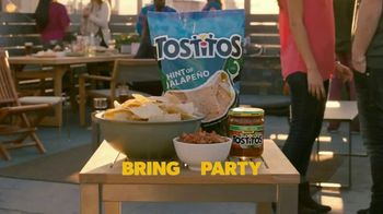 Tostitos Hint of Jalapeno TV Spot, 'Reposting' - Thumbnail 10