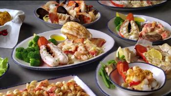 Red Lobster Lobsterfest TV Spot, 'Bibs On!' - Thumbnail 3