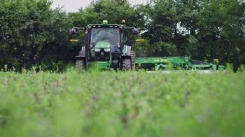 Land O'Lakes Farm Bowl TV Spot, 'Greg Jennings vs. a Tractor' - Thumbnail 1