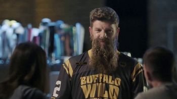 Buffalo Wild Wings TV Spot, 'Rally Beard' - Thumbnail 7