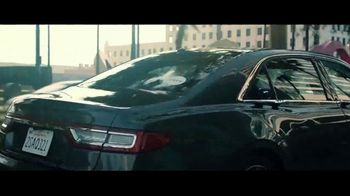 Uber TV Spot, 'Julia Michaels' Road to Best New Artist Nominee' - Thumbnail 4