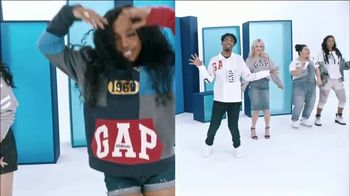 Gap TV Spot, 'Logo Remix' Featuring SZA, Metro Boomin, Naomi Watanabe, Miles Heizer - Thumbnail 3