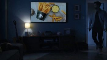 Taco Bell $5 Nacho Fries Box TV Spot, 'Delicious Bonus' Feat. Josh Duhamel - Thumbnail 4