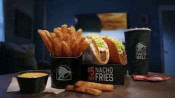 Taco Bell $5 Nacho Fries Box TV Spot, 'Delicious Bonus' Feat. Josh Duhamel - Thumbnail 6